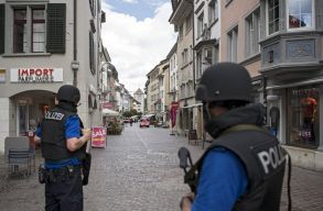 Öt ember megsérült egy láncfûrészes támadásban Svájcban