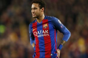 Neymar a PSG-hez igazol