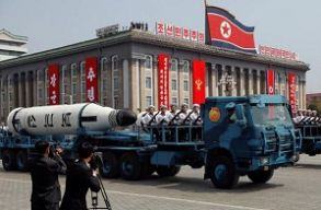 Szakértõk: a szócsata ellenére nem valószínû, hogy Észak-Korea és az Egyesült Államok egyhamar egymásnak esik