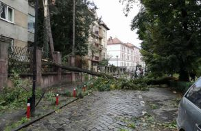 Nyolcan meghaltak az Erdélyben és a Bánságban pusztító vasárnapi viharban