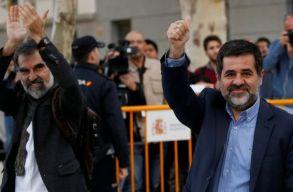 Õrizetbe vettek két katalán vezetõt a spanyol hatóságok