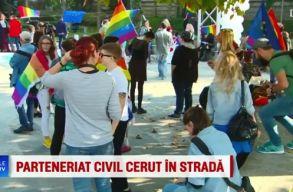 Az élettársi szerzõdések legalizálásáért tüntettek Bukarestben