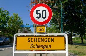Megszavazta szerdán az EP a schengeni határellenõrzés szigorítását