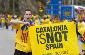 Tizenöt katalán politikust állítanak bíróság elé Madridban