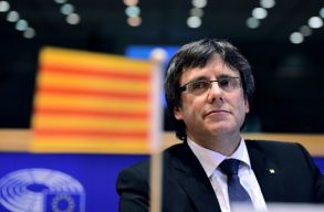 Kiadták az európai elfogatóparancsot Puigdemont ellen
