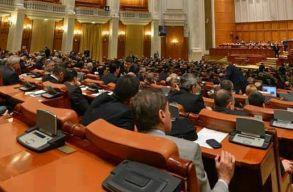 Benyújtotta a kormány elleni bizalmatlansági indítványt a PNL és az USR