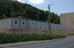 Lakható konténerekkel segítik a hajléktalanokat Temesváron