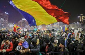 Kormányellenes tüntetéseket tartottak országszerte vasárnap este