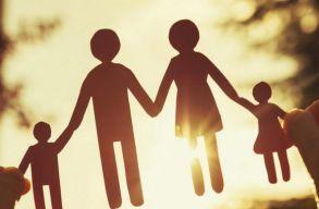 Továbbra is növekszik a gyerekbántalmazás eseteinek száma Romániában