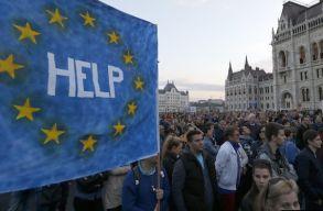 Freedom House: Magyarországon az EU-n belül a legkevésbé demokratikus állam