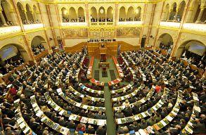 Nem gyûlnek Magyarországon a Minority SafePack aláírásai