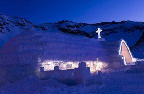Felszentelték a Bâlea-tó melletti jégtemplomot