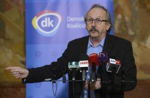 Megint Tamás Sándorral példálózott a DK, a tanácselnök visszaüzent