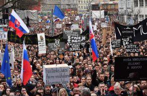 65 ezren követeltek elõrehozott választást Pozsonyban