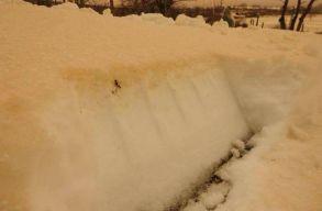 Narancssárga színû hó esett Tulcea megyében