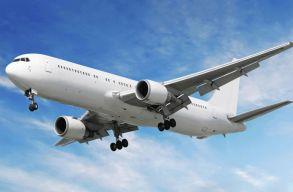 A közeljövõben állva is utazhatunk majd a repülõgépen?