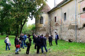 Hobó és a Budapest Bár is fellép a családbarátnak szánt fesztiválon a gyalui várkastély udvarán