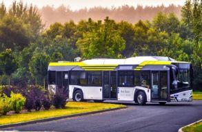Megérkezett Kolozsvárra az elsõ elektromos busz