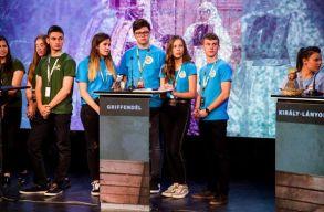 A nagyenyedi Bethlen Gábor Kollégium csapata nyerte a 8. Bölcs Diákok vetélkedõt