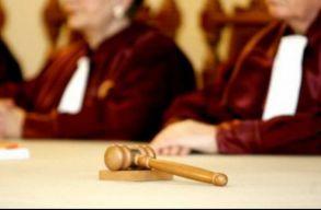 Alkotmányellenesek az egészségügyi törvény módosításai