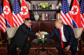 Találkozott egymással Donald Trump és Kim Dzsongun
