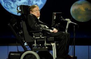 Az ûrbe sugározzák Stephen Hawking szavait