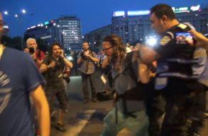Erõszakkal elhurcolták a bukaresti tüntetésrõl a Dreagneáról filmet forgató német újságírót