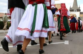 Szombaton kezdõdnek a Kalotaszegi Magyar Napok Bánffyhunyadon