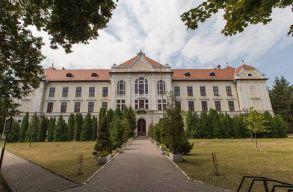 Az RMDSZ elmondta a következõ lépéseket, amelyek a vásárhelyi katolikus gimnázium beindításhoz szükségesek