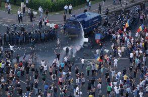 Elõzetesbe helyezték a tüntetések után õrizetbe vett két férfit