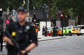 Autós támadás történt Londonban