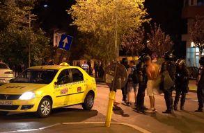 Nyilatkozott az izraeli turistákat szállító taxisofõr: hiába kiabáltuk, hogy semmi közünk a tüntetéshez
