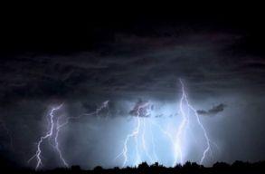 Rossz idõre figyelmeztetnek a meteorológusok