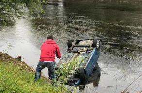 Túlságosan sietett, a Szamosban kötött ki autójával egy kolozsvári sofõr