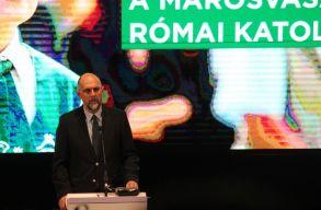 Csíkszeredában ülésezett az SZKT: jövõképet kell építeni, amely a közösségépítést szolgálja
