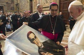 Szentté avatta Ferenc pápa Óscar Romero salvadori érseket
