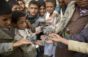 Humanitárius krízis Jemenben: a lakosság felét fenyegeti az éhínség