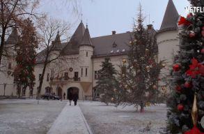 A nagykárolyi Károlyi-kastély is feltûnik a Netflix új karácsonyi filmjében