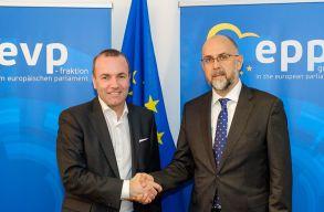 Manfred Webert választotta csúcsjelöltnek az Európai Néppárt