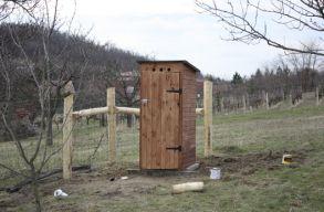 Eurostat: Romániában van a legtöbb kerti WC az EU-ban