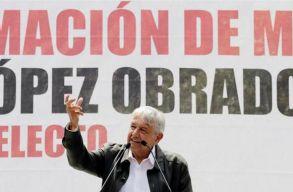 Letette az elnöki esküt Mexikó új államfõje