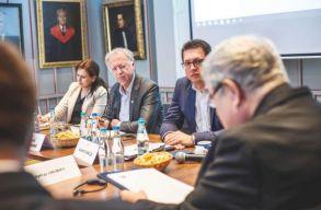 Az ENSZ kisebbségügyi különmegbízottja is értesült az erdélyi magyar egyházak ingatlan-visszaszolgáltatási problémáiról