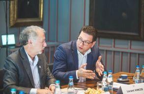 Marosvásárhelyre is ellátogatott az ENSZ kisebbségügyi különmegbízottja
