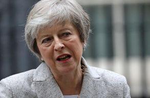 Bizalmi szavazást kezdeményezett Theresa May ellen a saját pártja