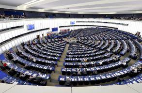 Megszavazták: uniós pénzektõl eshetnek el a jogállamiságot megsértõ tagállamok