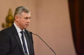 Péter Ferenc: kettõs mércét alkalmaz és diszkriminálja a magyar közösséget a MOGYE