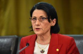 A tanügyminiszter a MOGYTTE-n készül tájékozódni az egyetemen belüli feszültségekrõl