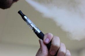 Mégsem olyan ártalmatlan az e-cigaretta, mint eddig hitték