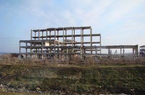 BBTE-kutatás: a dicsõszentmártoni egykori vegyi üzem továbbra is szennyezi a talajt és a terményeket