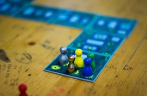 Mátyásról szóló családi munkafüzet és társasjátékot mutatott be a Korzo Egyesület